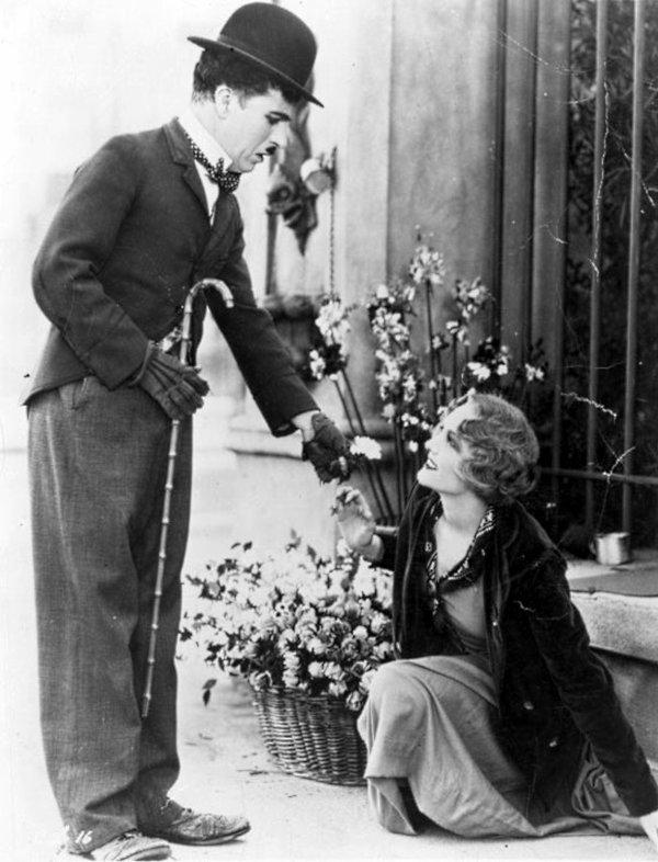 Charlie Chaplin  2977181517_1_9_FqZJdsT7
